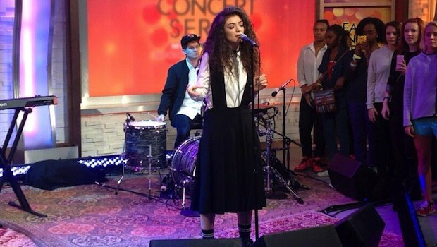 Lorde-Royals-GMA-Oct-4-620x350