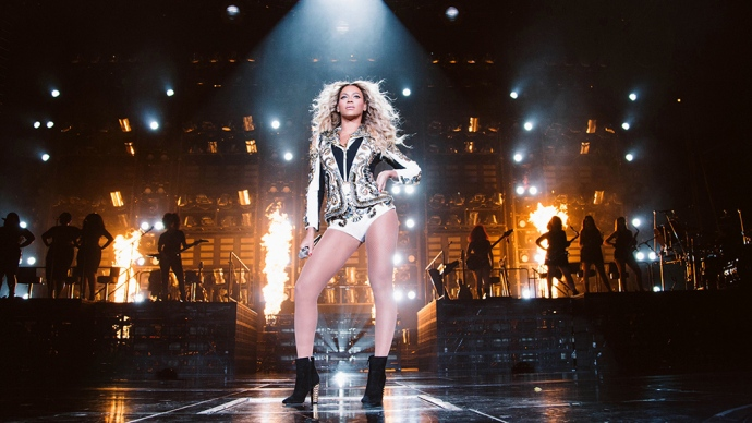 beyonce-x10-the-mrs-carter-show-world-tour-v2-1024