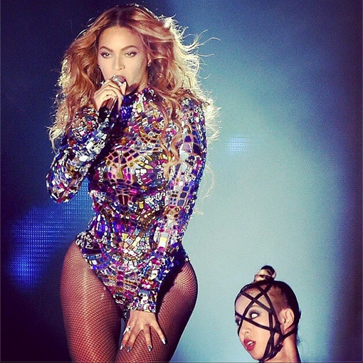 looks-of-the-week-beyonce-in-tom-ford-2014-vmas-fbd